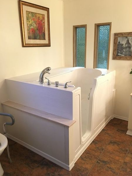 Walk In Tub Installed in Knoxville, TN (1)